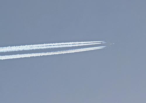 飛行機雲4